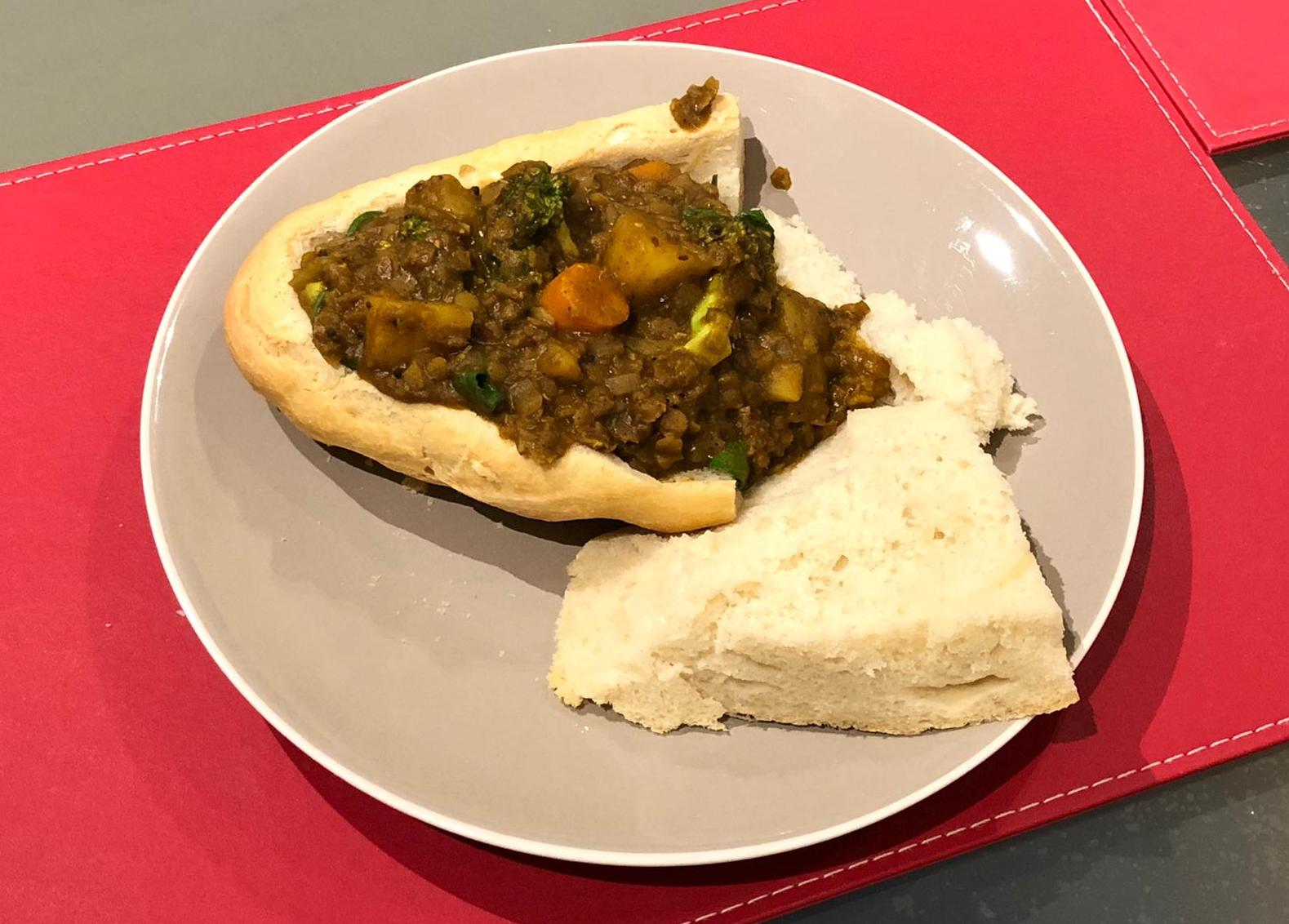 Lentil CUrry w. homemade bread
